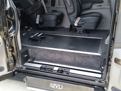 Braun UVL Private Use Lift in Full Size GMC 2500